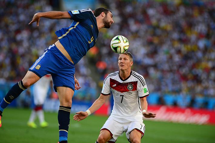 Bastian Schweinsteiger, símbolo que representa todo o comportamento alemão em território brasileiro. Foto: Marcello Casal Jr/ Agência Brasil